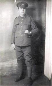 World War 1 Soldier in army uniform
